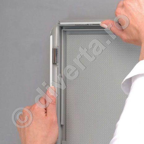 RAMA A4 25 MM SNAP/CLICK PENTRU TABLOURI, aluminiu eloxat, culoare argintiu (silver) mat, latime profil 25 mm, suprafata 210x297 mm-3